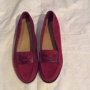 Wee Huns G.H. Bass & Co. red loafers - Size 8